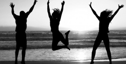 happy-jumping-people